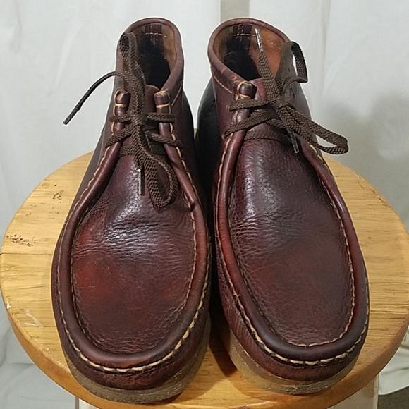fa4f815a4a2 Vintage Clarks Wallabees Chukka Boot